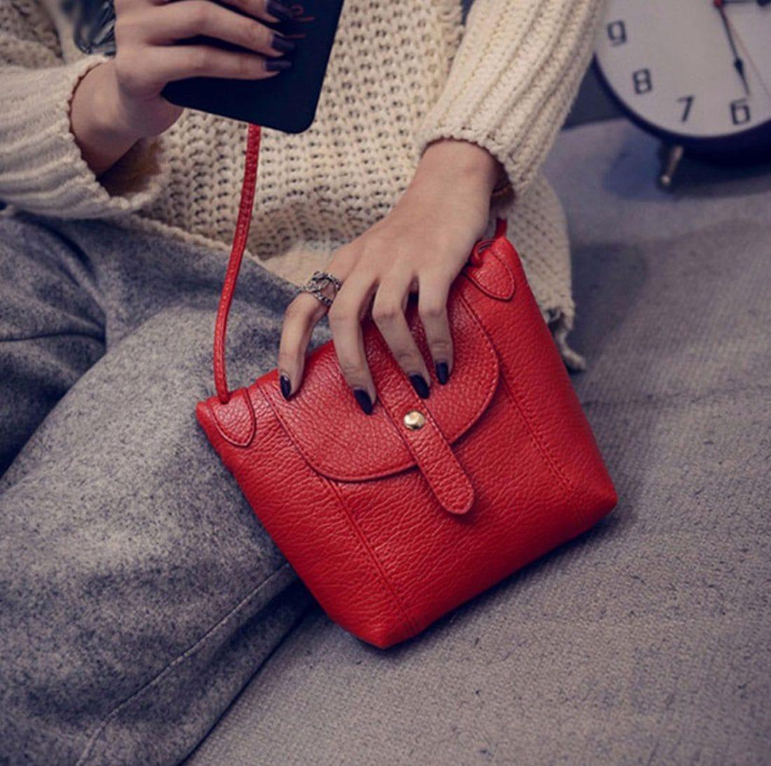 M0192 red1 Clutches Purses Wallets maureens.com boutique