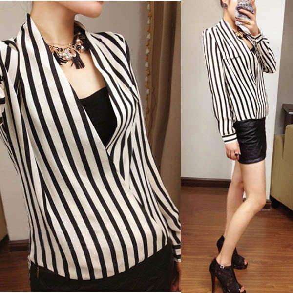 M0221 blackwhite3 Blouses Tops Shirts maureens.com boutique