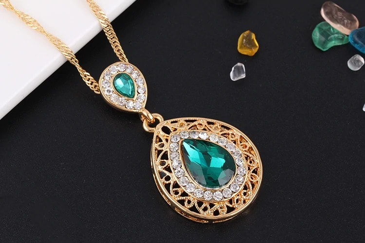 M0304 green4 Jewelry Accessories Jewelry Sets maureens.com boutique