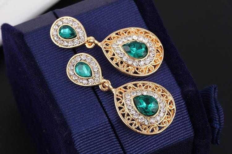 M0304 green5 Jewelry Accessories Jewelry Sets maureens.com boutique