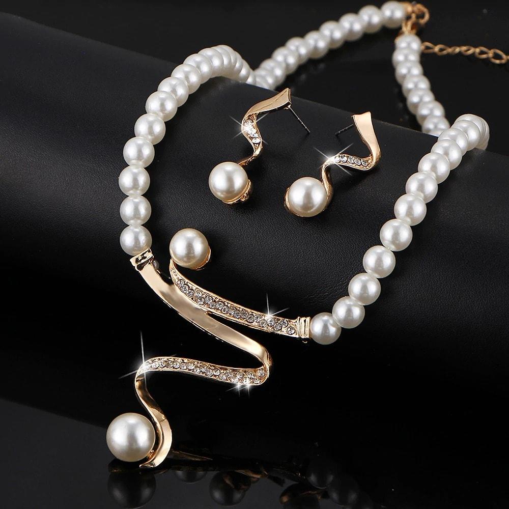 M0328 goldwhite3 Jewelry Accessories Jewelry Sets maureens.com boutique