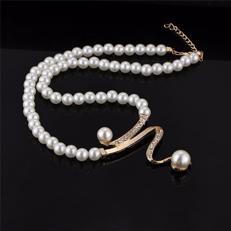 M0328 goldwhite7 Jewelry Accessories Jewelry Sets maureens.com boutique
