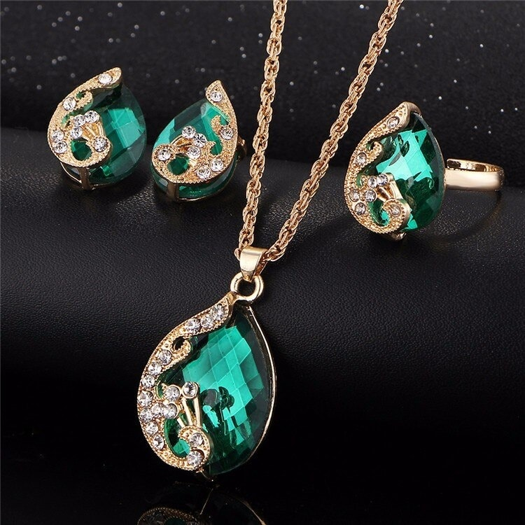 M0329 green2 Jewelry Accessories Jewelry Sets maureens.com boutique