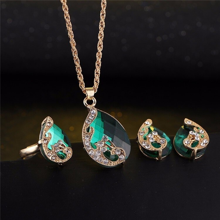 M0329 green3 Jewelry Accessories Jewelry Sets maureens.com boutique