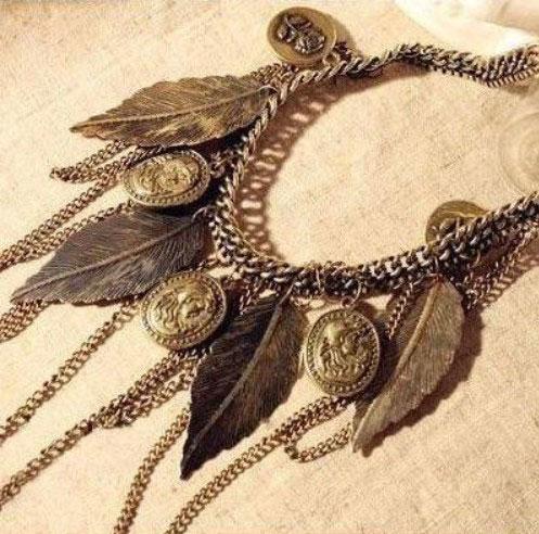 M0349 antique2 Jewelry Accessories Necklaces Chokers maureens.com boutique