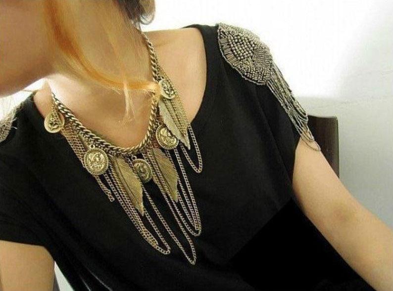 M0349 antique3 Jewelry Accessories Necklaces Chokers maureens.com boutique